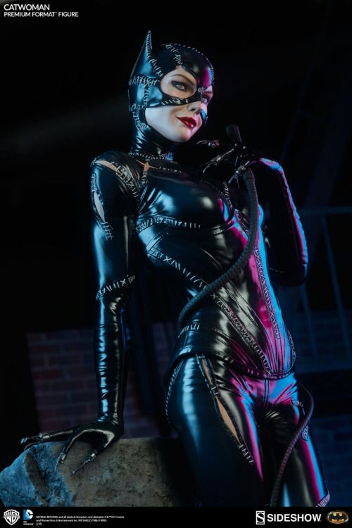 'Batman Returns 'Catwoman Premium Format Figure From Sideshow Collectibles