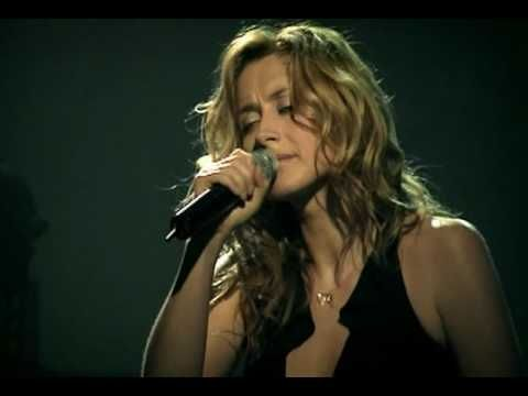 ▶ Lara Fabian-Concert Live 2002 Parce que tu pars - YouTube