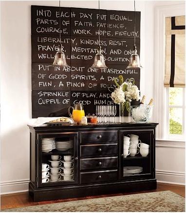 Vrijdag VerfTipDag >> Beschilder een paneel met zwarte #schoolbordverf en schrijf hierop je favoriete #quote. Bron: Pottery Barn
