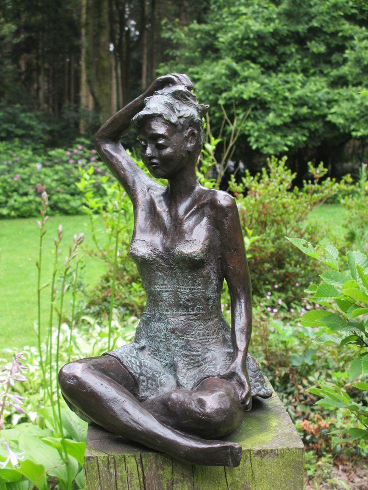 14 best images about bronzen beeld on pinterest cas for Beeld tuin modern