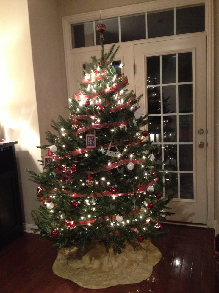 Red silver gold christmas tree christmas pinterest - Christmas tree silver and red ...