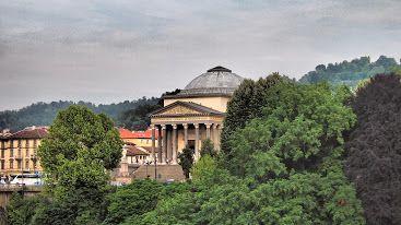 #twitorino la Gran Madre di #Torino vista dal lungo Po.