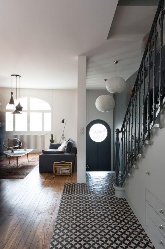 1000 id es sur le th me lustre pour hall d 39 entr e sur pinterest chandeliers lustre moderne et - Mooi huis deco interieur ...