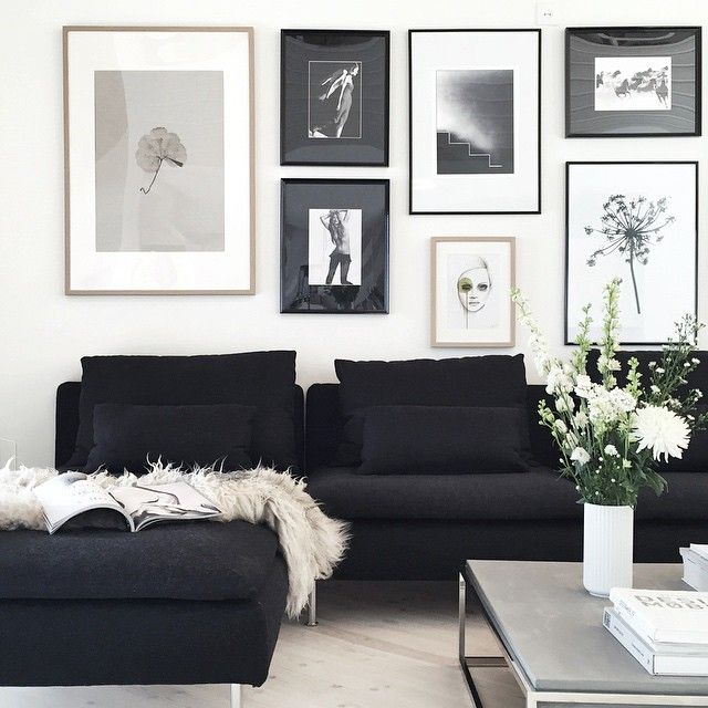 «After a long walk with my mom in the woods, you'll find me here... #livingroom #stylizimohouse»