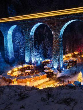 Einer der schönsten Weihnachtsmärkte in Deutschland befindet sich in der Ravennaschlucht.