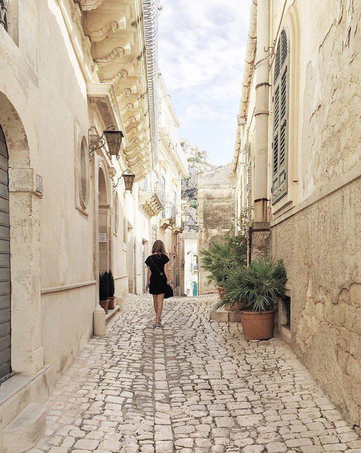 Visit Sicily (@VisitSicilyOP) Walking in #Scicli #Ragusa ph F Foti…