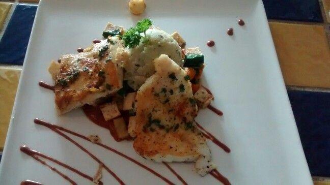 Lunch at Calizo Restaurant, Fajardo