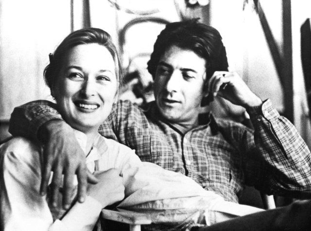 Ohmygod! I just found this pic of Meryl and Dustin. I SO wish they had gotten together. They look beyond amazing together.