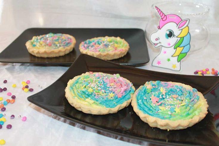 Buongiorno :) #unicornomania quanto ci piace! Ricetta #smodatamente colorata e #golosamente buona! Da cucinare insieme ai nostri bimbi! http://www.smodatamente.it/ricetta-crostatine-unicorno-crema-burro-multicolor/