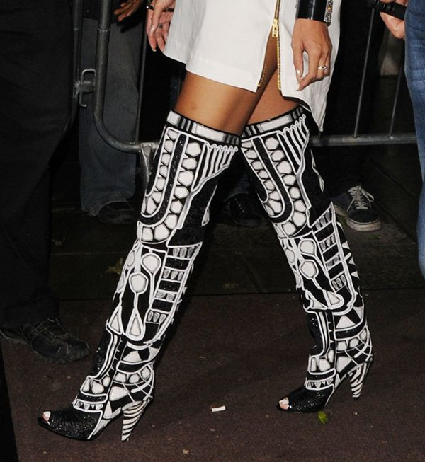 rihanna rocks black and white with a pair of