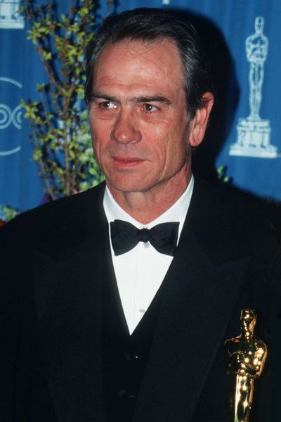 Tommy Lee Jones won the Academy Award for Best Supporting Actor for The Fugitive İn 1994.