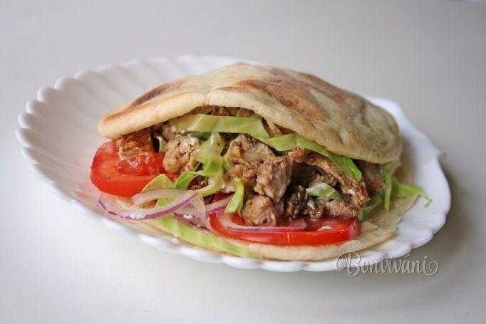 Kurací kebab v pita placke