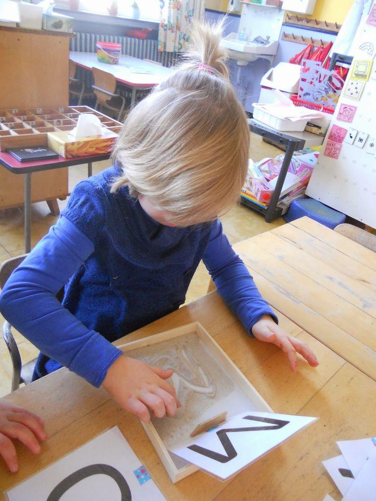 """Tweede en derde kleuterklas van GVB Den Hulst (Testelt): """"Cijfers en letters"""""""