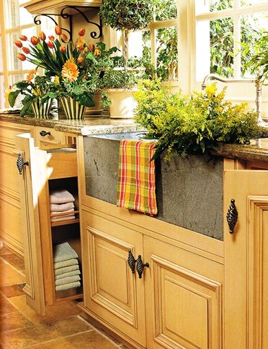 IMG....just love the FEEL of this kitchen, try to recreate the ambience and not the exact details