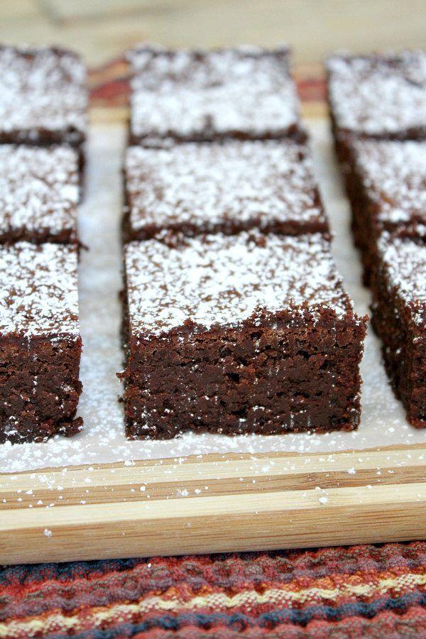 Easy Fudgy Flourless Brownies Recipe - from RecipeGirl.com