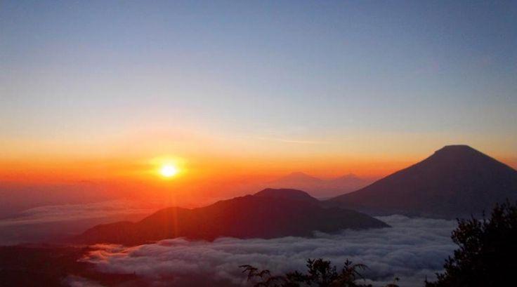Sunrise View at Mount Pakuwaja