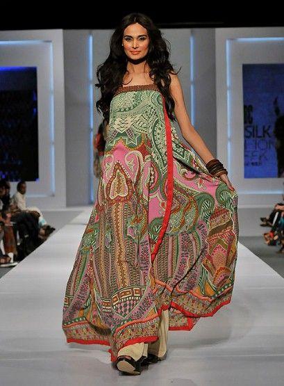 Style as caftan....A model wears a design by Khaadi Khaas at Pakistan Fashion Week 2011.