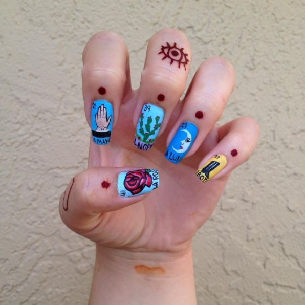 http://www.vivala.com/nails/mexican-nail-art/6581/Lotería fans will get their lives if they spot this./13