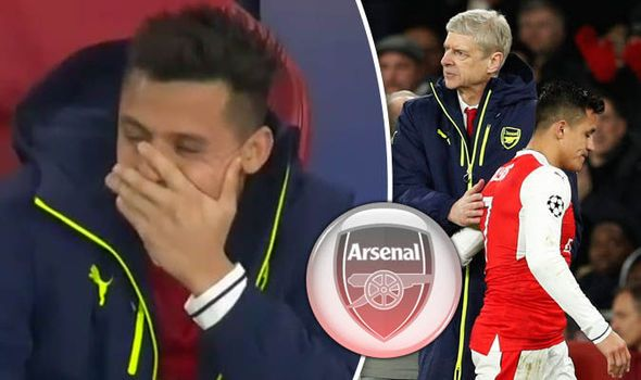 Arsenal star laughing with Alexis Sanchez and Bayern Munich aces - Chelsea fans love it   via Arsenal FC - Latest news gossip and videos http://ift.tt/2mhQ9Gy  Arsenal FC - Latest news gossip and videos IFTTT