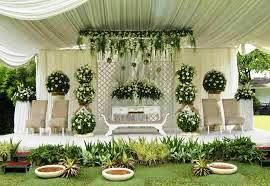 dekorasi pernikahan penuh bunga dan lain-lain   http://dekorasibungakartini.blogspot.co.id/2015/04/dekorasi-pernikahan-penuh-bunga.html