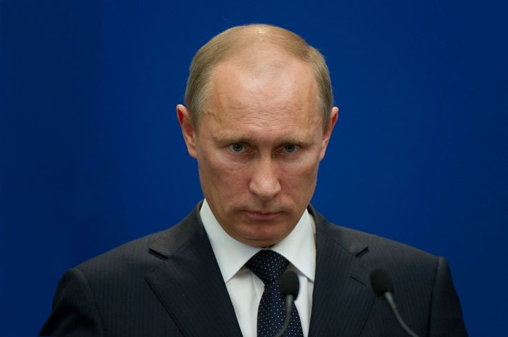 How Putin Tried to Control the Internet