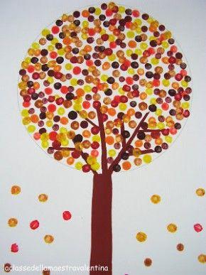 herfstboom Nodig: verf, wattenstaafjes