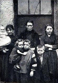 Poverty in towns, slum dwellers in Dublin, Ireland circa 1901.