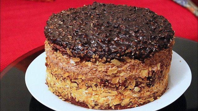 فريرو كيك من اروع الكيكات اللي ممكن تحضري راقية بحجم عائلي وبطريقة سهلة Food Desserts Cake