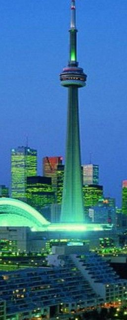The CN Tower in Toronto Ontario Canada : been to the top and had dinner