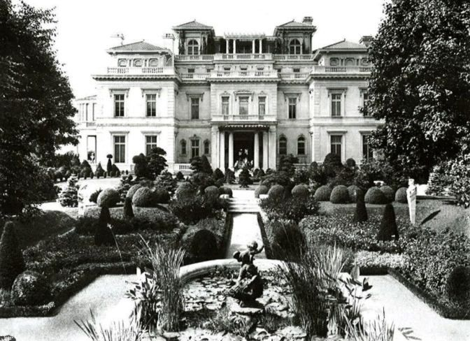 Gatsby Style: Pictures Of The Famous Mansions Of The Gilded Age And Jazz  Age,