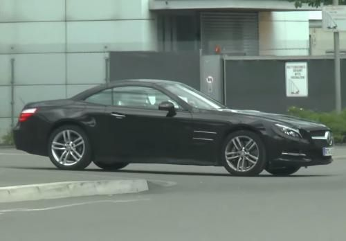 115053194264/2016-mercedes-sl-facelift-spied-in-motion-video