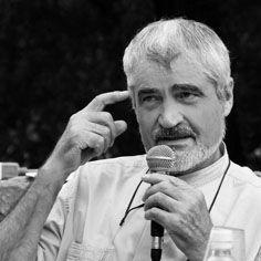 Serge Latouche (Vannes, 12 gennaio 1940) è un economista, antropologo, sociologo e filosofo francese. Insegnante e ricercatore presso l'Università di Paris-Sud XI, conduce seminari presso l'IEDES, Institut d'études du developpement économique et social, di Parigi.
