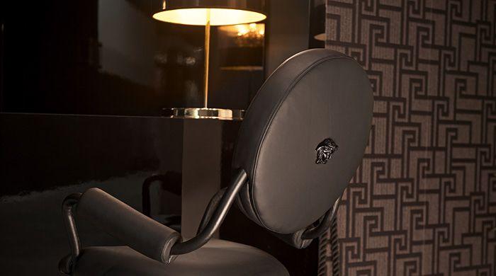 Большой греческий дом: Versace на iSaloni