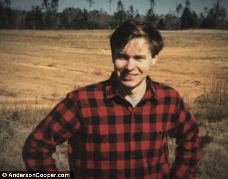 Carter Cooper committed suicide at age 23 in 1988. He jumped from his mom GLORIA VANDERBILT'S penthouse ledge. She couldn't stop him. He had just broken up with his girlfriend. He was a writer. His brother is Anderson Cooper.