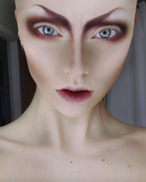 Contouring to give the appearance that one is an Alien. #SFX