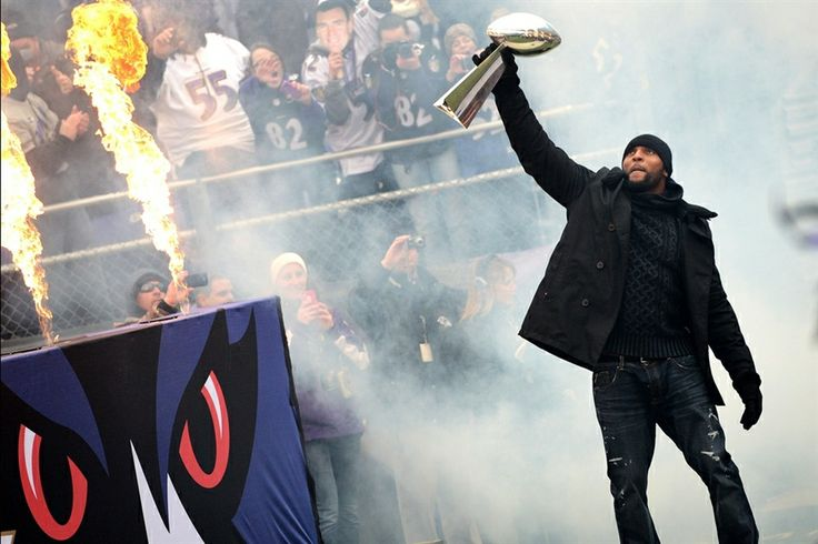 Ravens Linebacker Ray Lewis celebrates with the Vince Lombardi Trophy during the Super Bowl XLVII victory parade at M Bank Stadium on Feb. 5, in Baltimore. (Photo: Patrick Smith / Getty Images) #SuperBowl #SB47