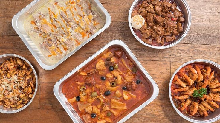 Take-away Tapas and Spanish Specials! Bring your loved ones together with these family size orders.  #wobblypan #tapas #takeawaytray #spanishcuisine