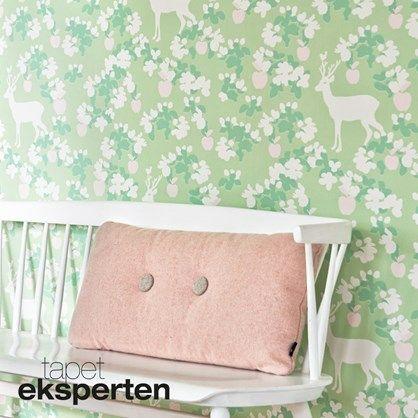 Appel Garden soft green botanisk tapet