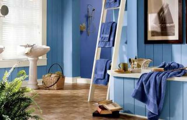 11 Pictures Guaranteed To Jumpstart Your Bathroom Remodel: Blue Latitudes in this Bathroom Design