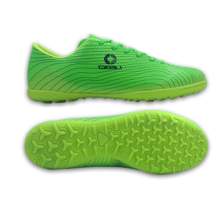49.00$  Watch here - http://aliw5i.worldwells.pw/go.php?t=32757280003 - Professional Indoor Soccer Shoes Children Kids Teenagers Football Boots IN & IC Boys Girls Training Shoes chuteira futsal 49.00$