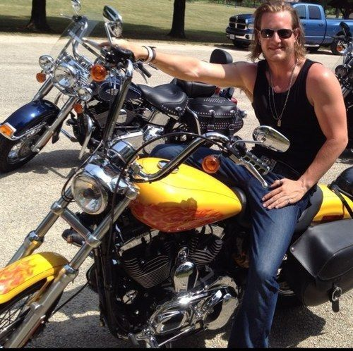 11 best images about man candy monday on pinterest ryan for Tyler hubbard tattoos