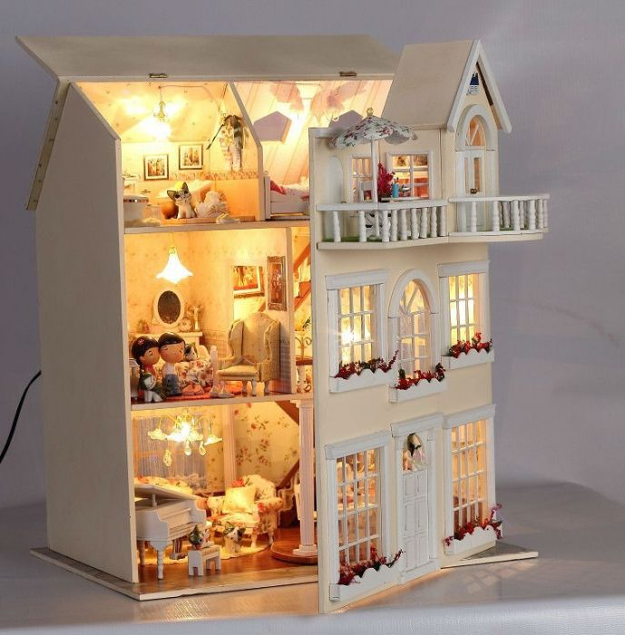 большой дом для куклы