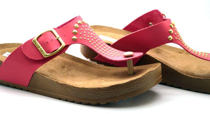 Sandalias de verano Consíguelas aquí: http://calzadocosmos.com/home/250-sandalias.html
