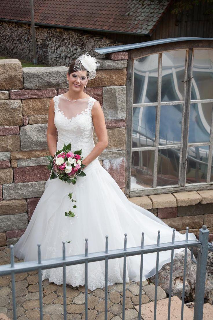 ♥ Traumkleid ♥  Ansehen: https://www.brautboerse.de/brautkleid-verkaufen/traumkleid-5/   #Brautkleider #Hochzeit #Wedding