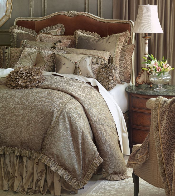 Marquise Luxury Bedding by Eastern Accents - Odette Collection