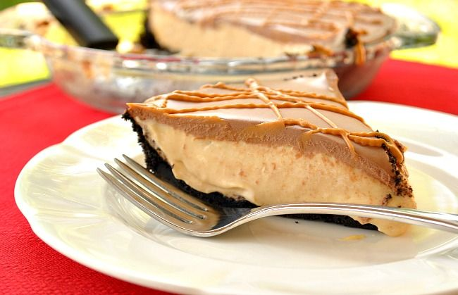 Peanut-butter cup pie @Suzanne, with a Z | You MadeThat?