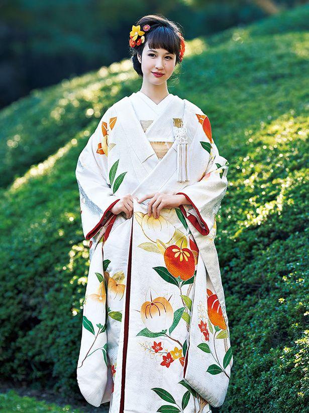 ホテルオークラ東京衣裳サロン ヴェル フェリーチェ(Hotel Okura Tokyo Costume Salon Vellferice)  老不死の国である「常世の国」の果実とされる橘。
