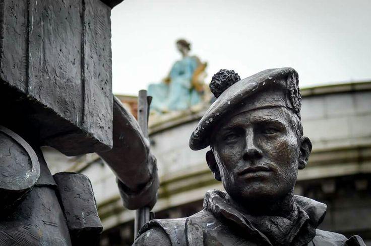 Soldier's sculpture at Castlegate, Aberdeen