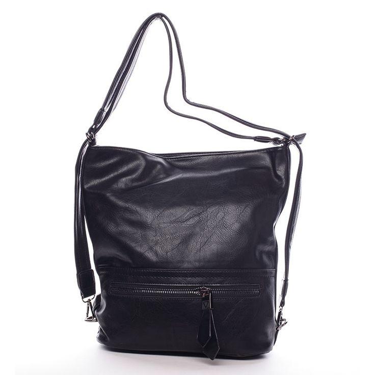 #módní #crossbody  Kabelka pro každý den od Delami 2016/2017! Černá dámská kabelka přes rameno nebo crossbody s děleným vnitřkem a pevným dnem. Nastavitelný popruh umožňuje dát kabelku snadno jako crossbody přes hlavu. Na přední i zadní straně je praktická kapsa na zip. Uvnitř jsou další menší kapsičky na drobnosti. Pořiďte si tuto elegantní měkkou kabelku, se kterou budete vždy in.