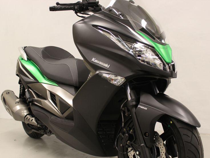 J 300 ABS SE